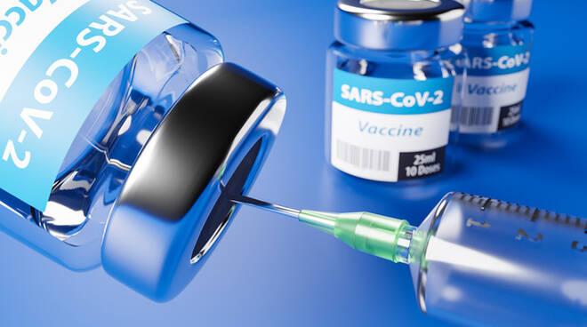 vaccino-covid-farmacia-ostia